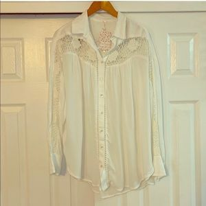 Free people Ivory Tunic NWT Buttoned Top Small